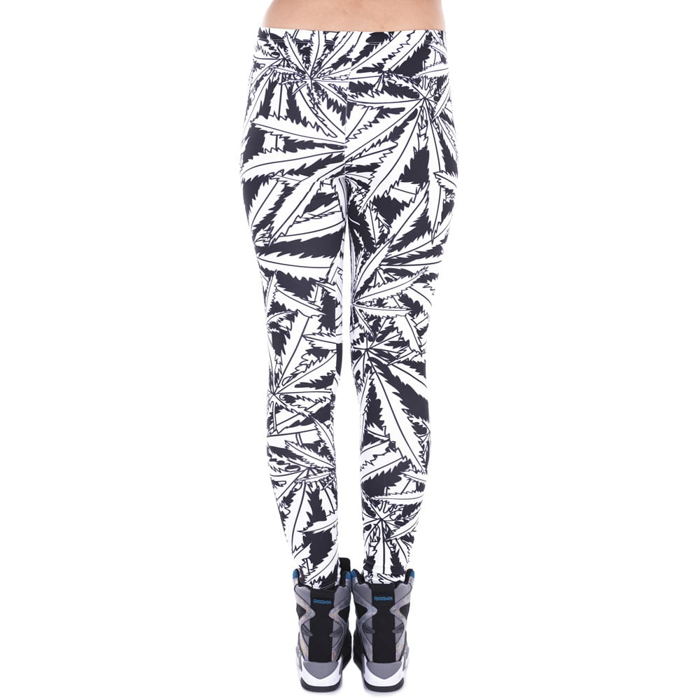 Black & White Large Leaf Leggings
